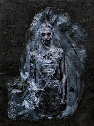 Plastic_Bride_30x40_0022